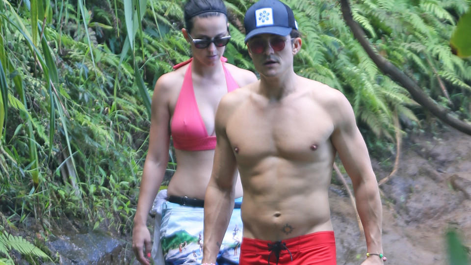 Katy Perry Nackt Am Strand foto 1