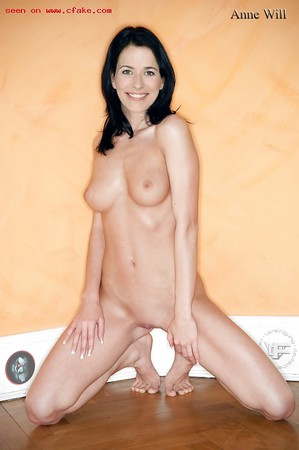 Anne Will Naked foto 4