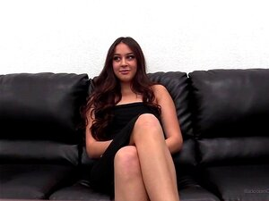 Casting Couch Nackt