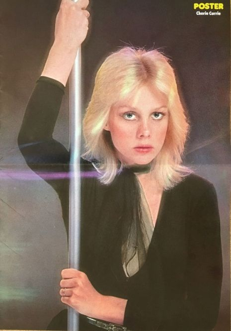 Cherie Currie Nackt foto 4